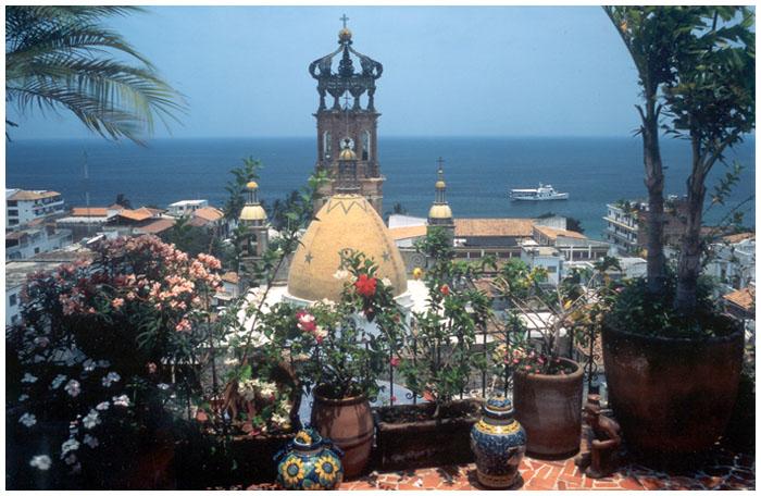 puerto-vallarta-balcony-pic